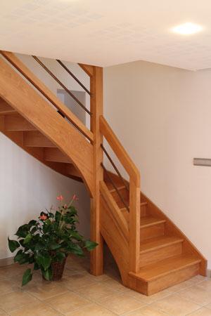 Escalier 2/4 tournant sans contremarches