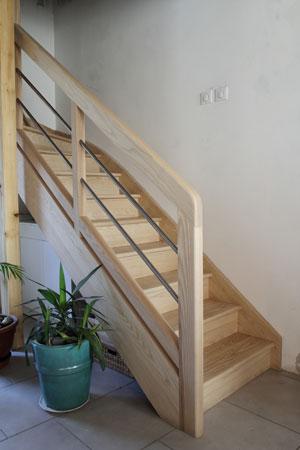 Escalier 1/4 tournant milieu en frêne